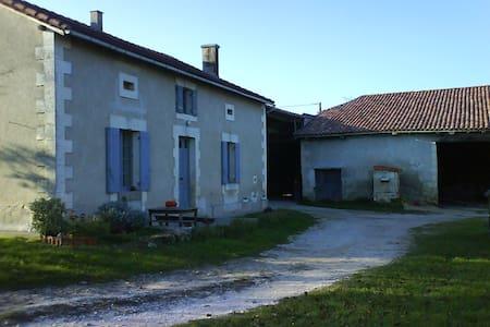 La Forêt - House