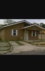 Vista Home - Haus