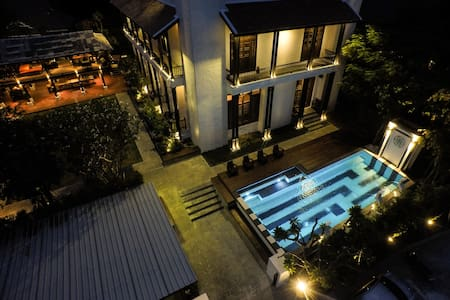 A Unique Stay & Experience at Oriental Pool Villa - Mueang Chiang Mai District - Rumah