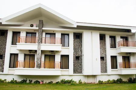 Lonavala Holiday Homes#2 - Lonavala - Appartamento