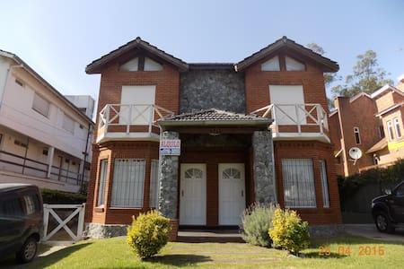 Alquilo Excelente Duplex en Pinamar - Apartament