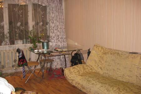 комфортабельная уютная 3х комнатная квартира - Kirovsk