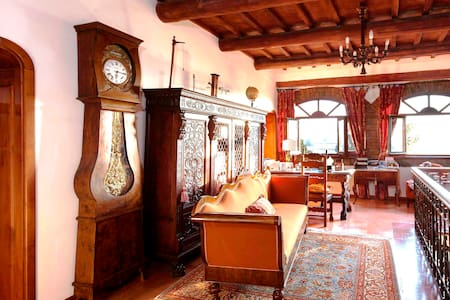 Cozy room&breakfast for two in 18th century villa - Wohnung