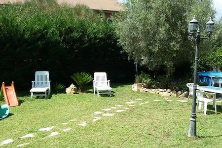 Belvedere camera matrimoniale - San Pietro Clarenza - Apartemen