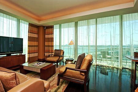 Ritz Carlton Bal Harbour-2 bedroom  - Bal Harbour - アパート