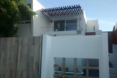 Bonito departamento nuevo Bacocho - Apartment