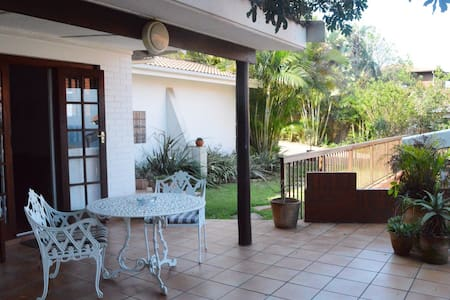 Aliwal Cottages - Garden Cottage - Casa