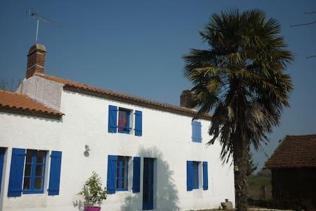 Maison avec piscine entre Nantes et l'océan - Hus