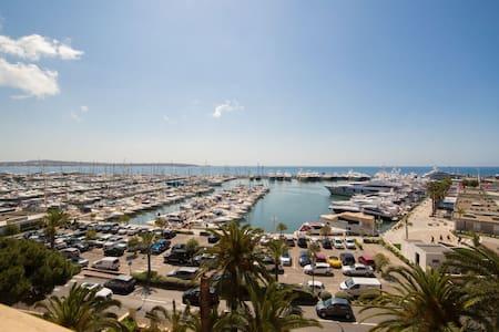 Golfe Juan, Wonderfull Studio with panoramic view! - Apartment