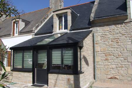 Penty Rénové proche de mer. Penmarc'h Finistère S. - Penmarch - House