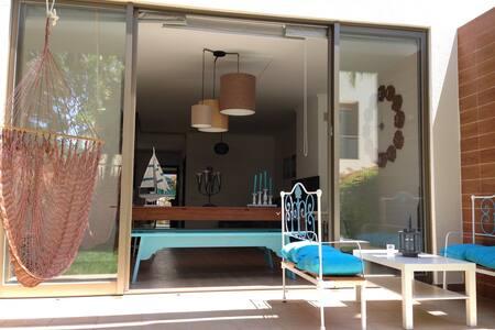 Villa Viegas, Elegant 3 bedroom home in Algarve - Ferreiras