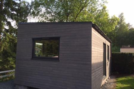 House 25 kvm 15 min Stockholm city - Sommerhus/hytte