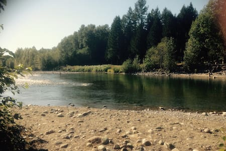 Fish/ATV/Hike/Kayak on Our Farm! - Chilliwack - Bed & Breakfast