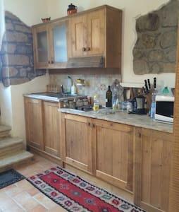 Accogliente mini-appartamento - Apartemen