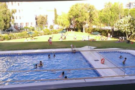 Estudio en urbanizacion con piscina - El Portil