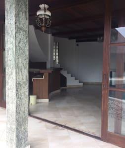 Villa Honai Bali (2 floor) - Deluxe Suite Room - Tabanan