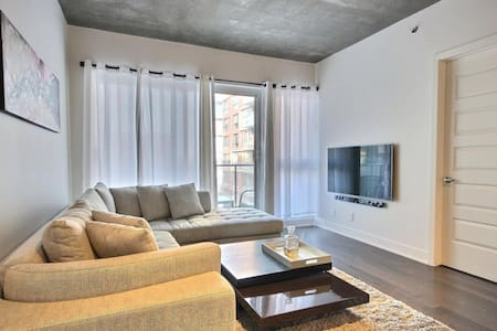 Corner Unit Condo Heart of Montreal - New 2015 - Mont-Royal - Lyxvåning