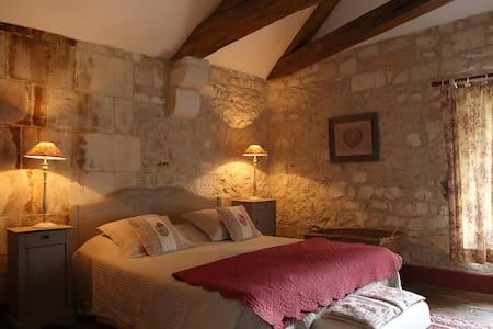 L' Ambroisie - B&B - Suite Piment (3 ou 4 pers) - Bed & Breakfast