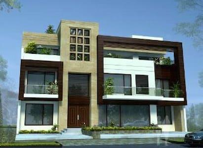 Luxurious catered villas in Delhi - Villa