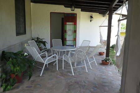 Casa de campo al pié de las Yungas salteñas - Vaqueros
