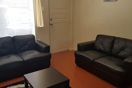 Comfortable convenient ff unit - Mitchell Park