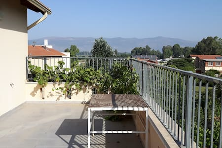 Apartment with two bedrooms & magical view - Lehavot HaBashan - Huoneisto