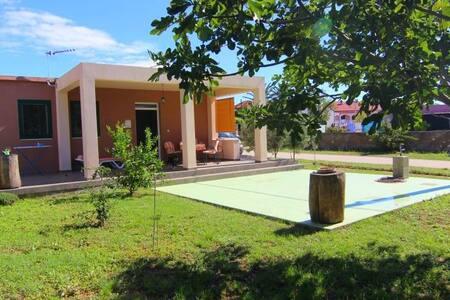 Holiday home Lorenzo - Privlaka - Rumah