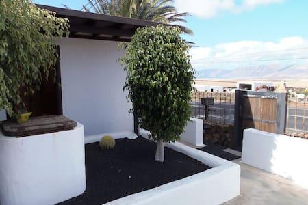 Habitación Independiente Mochileros - Tiagua - Outros