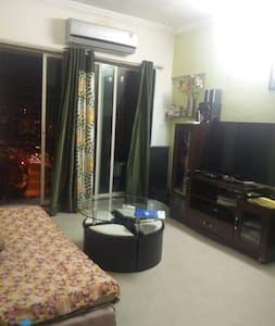 Single bedroom @ andheri west in  2bhk apartment - Wohnung