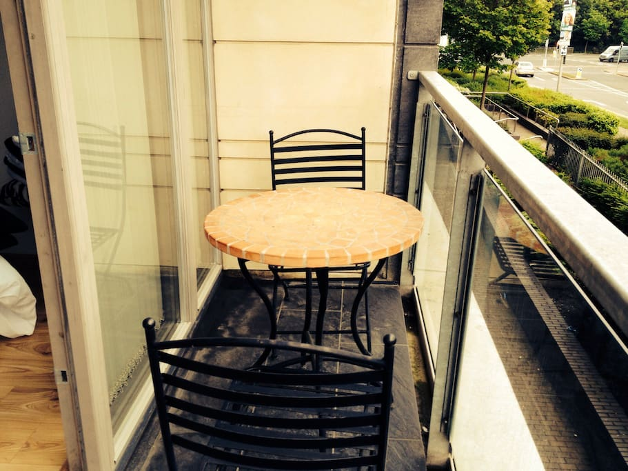 For some alfresco dining!