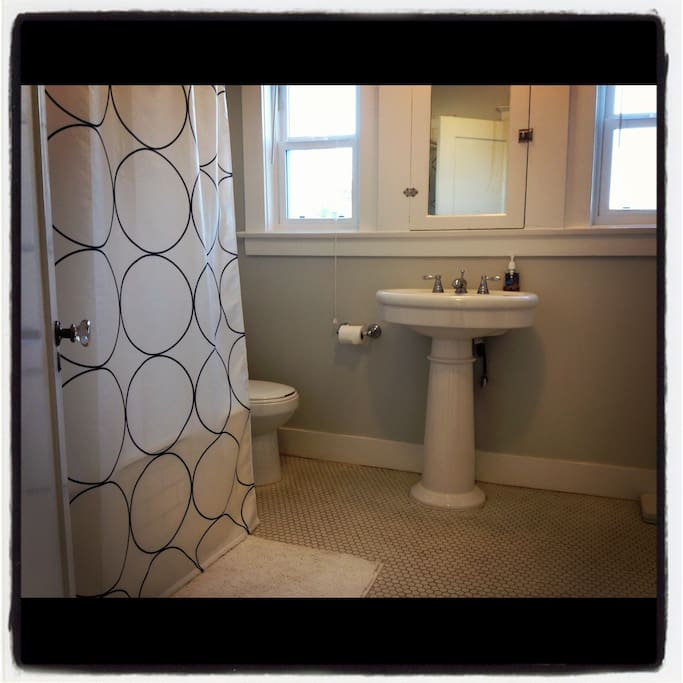 Upstairs Bathroom with Original Tile from 1922