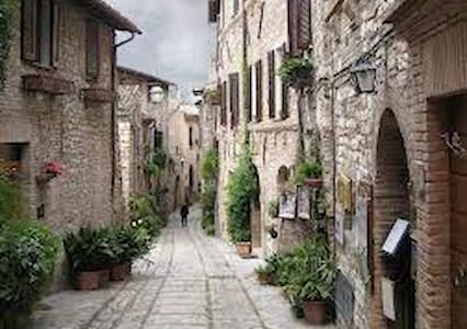 Nice apartment in Spello!