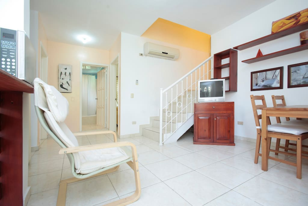 Private Terrace- 2BR GREAT LOCATION