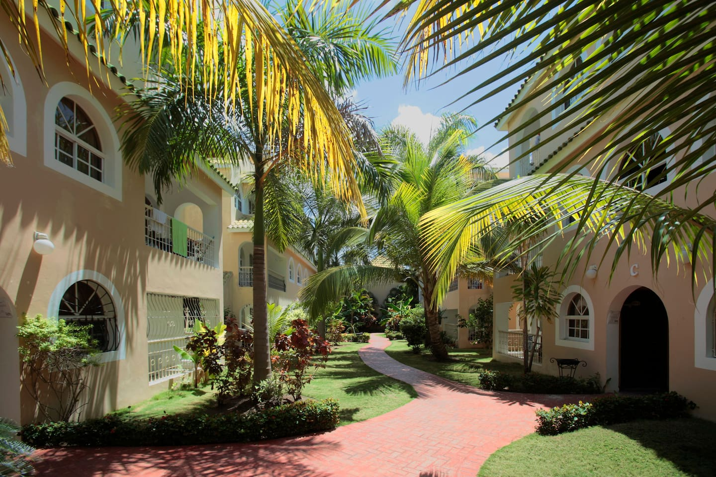 Welcome to Bavaro Sun Beach Apartments