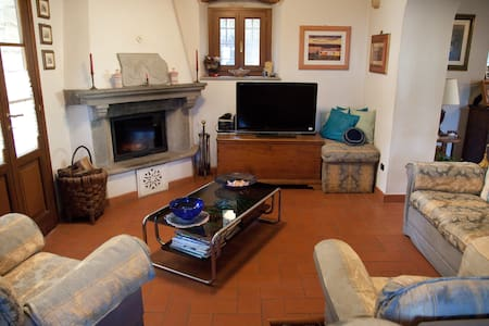 B & B Campomaggio triple - Marliana - Bed & Breakfast