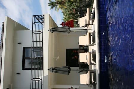 PRIVATE VILLA, STAFF & POOL N-BALI - Mayong - Villa