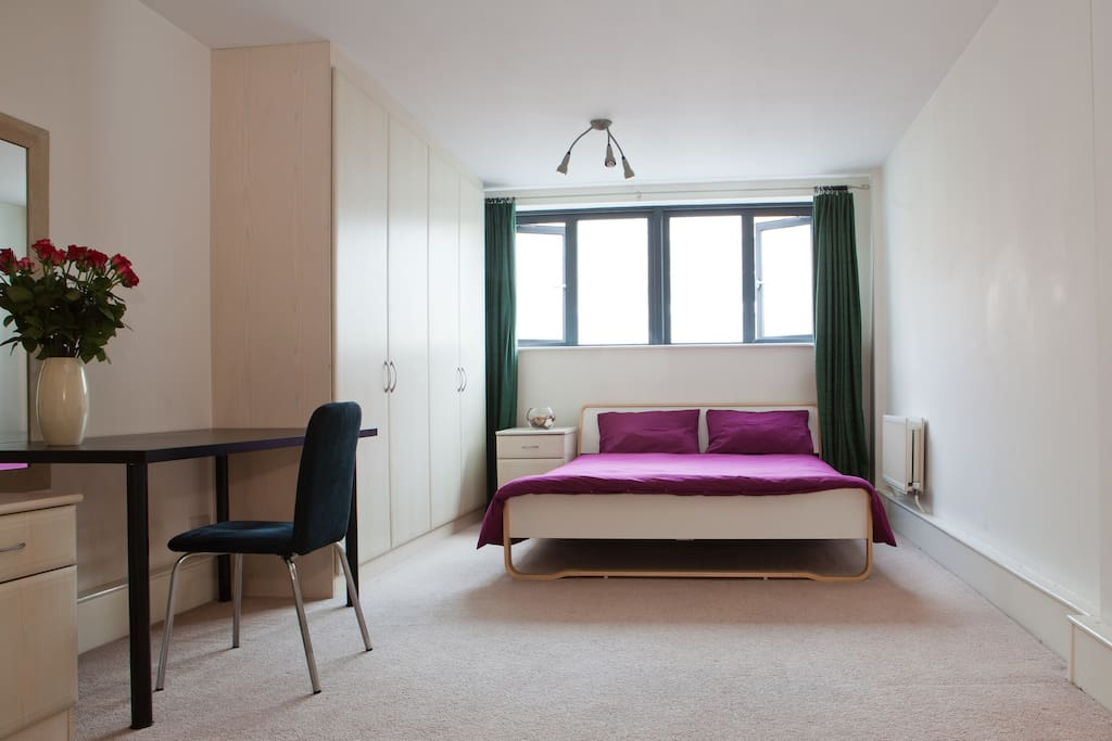 A private, en-suite double bedroom