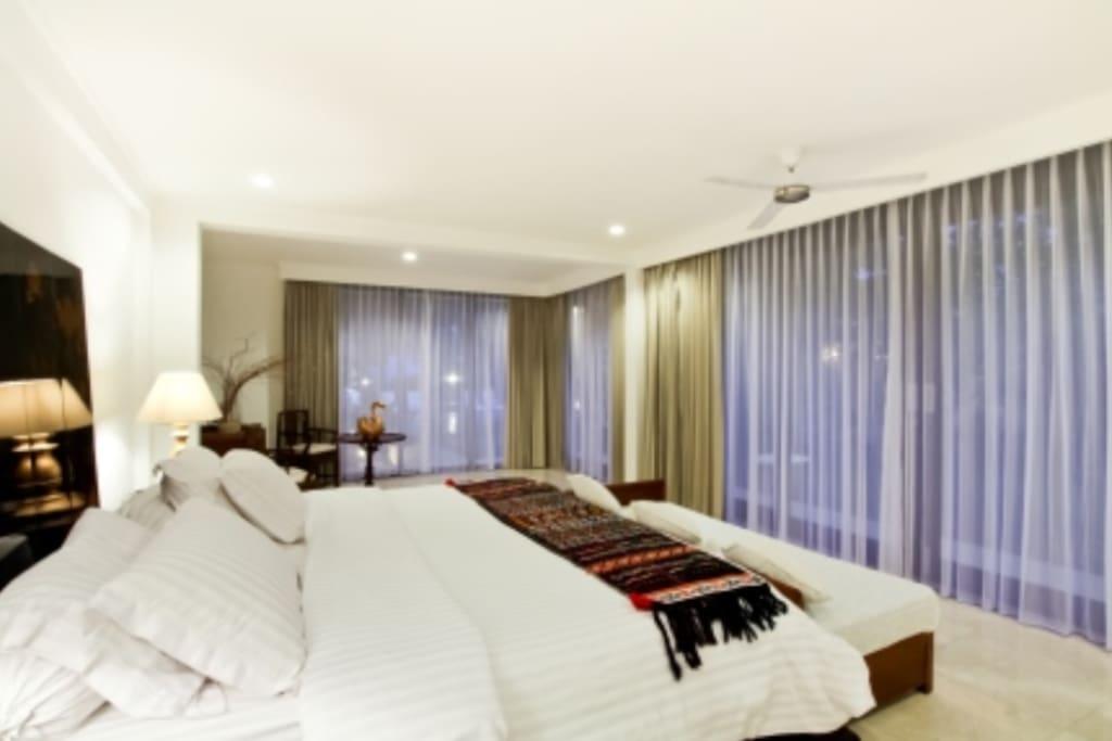 Villa Angelo Beach Suites