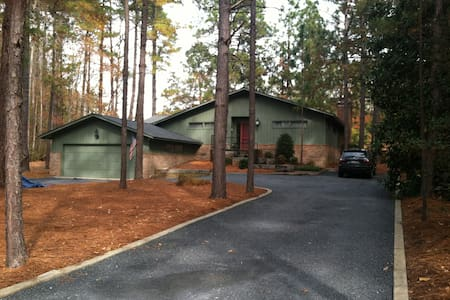 Pinehurst area-golf course views- - Casa