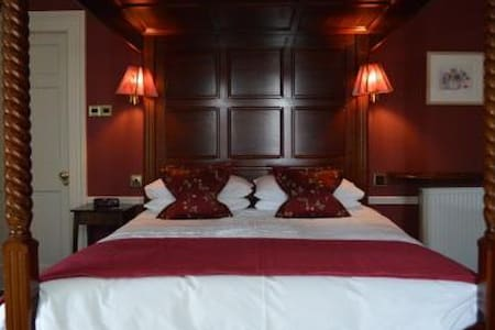 Fourposter en-suite, farmhouse - Crail - Bed & Breakfast