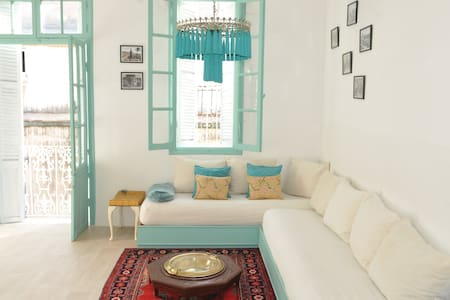 Old medina flat with mezzanine - Tangier