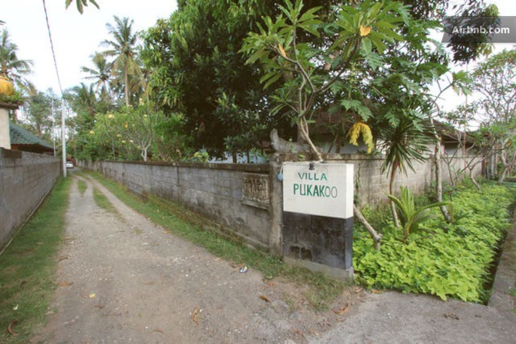 Sign of Pukakoo Villa name