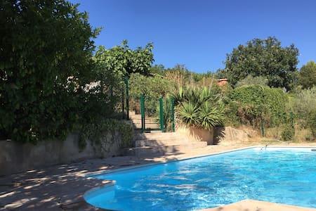 Villa provençale - Dům