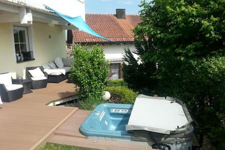 Gästezimmer in  grossem Haus - Passau