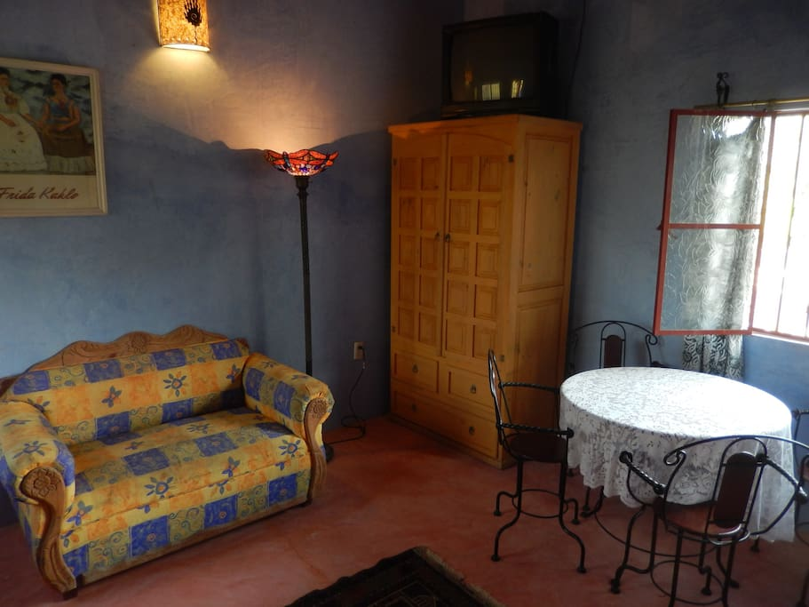 Casita Danza, bedroom sitting area