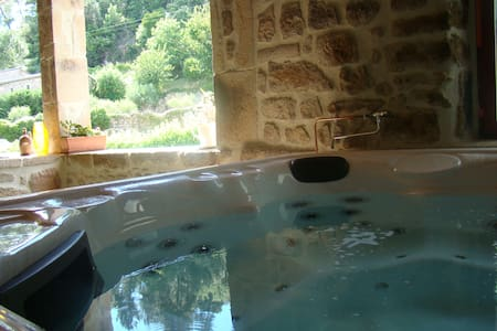 Chambre spacieuse, sauna, jacuzzi - Bed & Breakfast