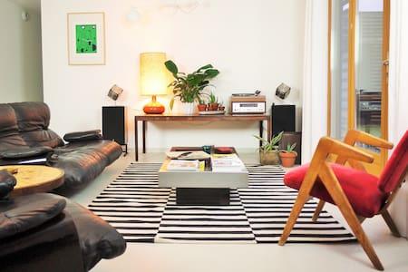 Maison chaleureuse et lumineuse - Cissé - Haus
