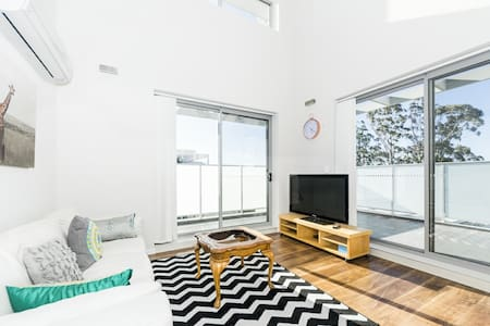 Stunning 2 Bedrooms  in Northern Suburb WAIT30 - Waitara