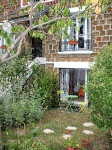 Independent garden appartment 50 m2 - Gehele Verdieping