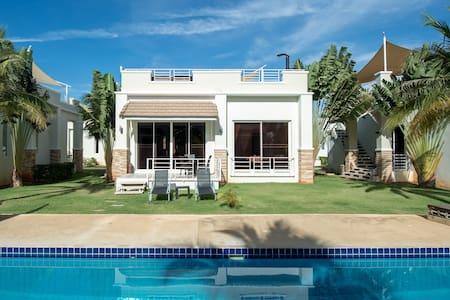 #20 Two bed / two bath Luxurious Poolside Villa - Tambon Hua Hin